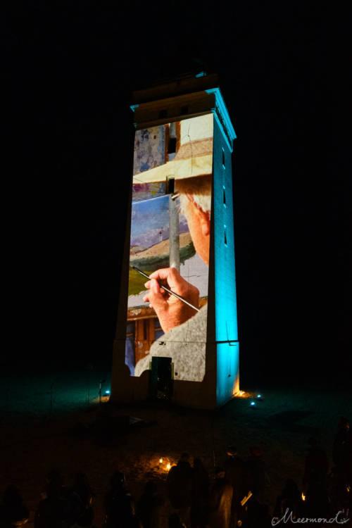 John Kristensen malt den Turm seit vielen Jahren